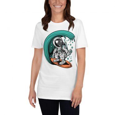 Astronauts sērfo
